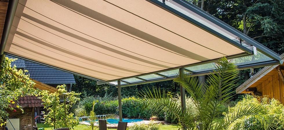le store de toiture 889 sous vitrage roll shading systems. Black Bedroom Furniture Sets. Home Design Ideas